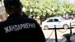 Жандармерия охранява машините за гласуване