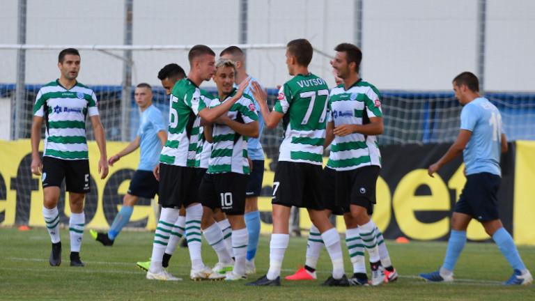 Отборът на Черно море записа победа с 5:1 срещу Черноморец