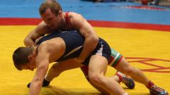 Владимир Дубов без конкуренция на държавното по борба