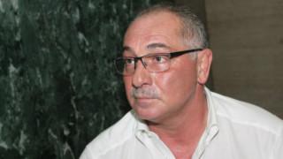 Ангел Бончев се заканил да гръмне сина си насред парк