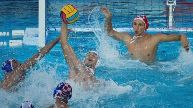 Липсата на ВАР изпрати Испания на финал срещу Сърбия на Европейското по водна топка