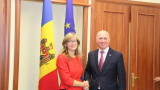 Захариева в подкрепа на Молдовапо пътя за ЕС