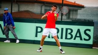 Александър Лазов спря на 1/2-финал във Велс