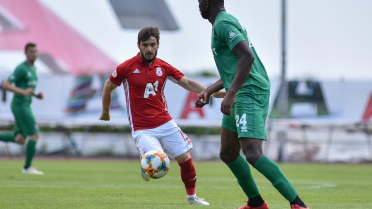 Румънци предлагат 3,2 млн. лева за Малинов от ЦСКА