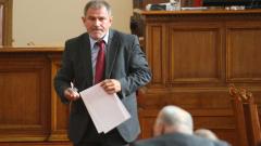 Не е време за оставки, обяви Методи Андреев