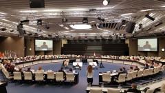 Всички са против двойните стандарти при храните, увери здравният еврокомисар