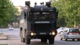 Автобус удари кола на жандармерията, гледат записите да установят виновника