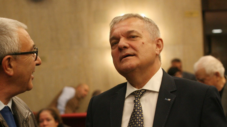 Петков вижда възможност за вот на недоверие с доклада за F-16