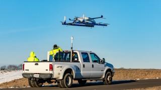 Летящото такси на Boeing направи първи полет (видео)