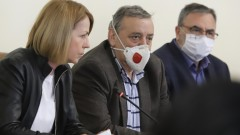 """Борисов влуден от """"шегаджийките"""" туристки до Сърница"""
