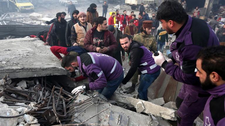Обвиниха Русия за избити цивилни в Идлиб при въздушни удари, тя отрича
