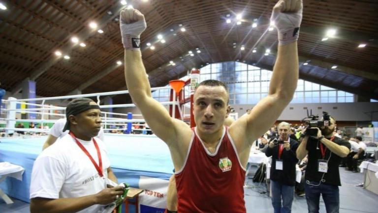 Радослав Панталеев може да триумфирав полуфиналите на Световното първенство по