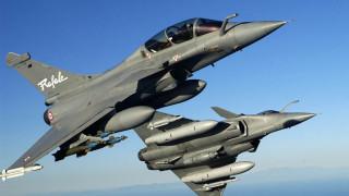 Франция активно сключва нови сделки за изтребители Rafale