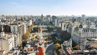 Аржентина налага валутен контрол в защита на икономиката