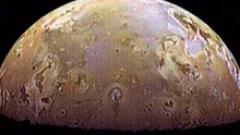 Откриха още доказателства, че юпитеровият  спътник Европа е годен за живот