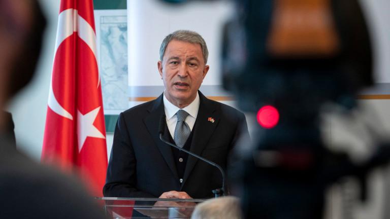 Турция иска от ЕС и съседите да поемат отговорност за мигрантската тежест