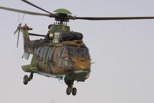 Франция праща и хеликоптери в Либия