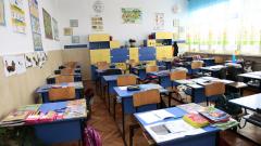 Учебната година тръгва с 27 закрити училища и близо 1000 първолаци по-малко