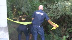 Бургаски клошари умират след гуляй с намерена зеленикава течност