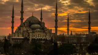 Ердоган променя Света София в джамия след изборите