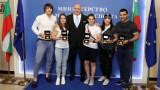 Министър Кралев награди шампионите и медалистите от Европейското първенство по борба