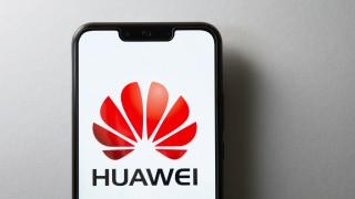 AMD и Intel получиха лицензи и продължават доставките за Huawei