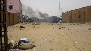 Нападнаха военен конвой в Мали
