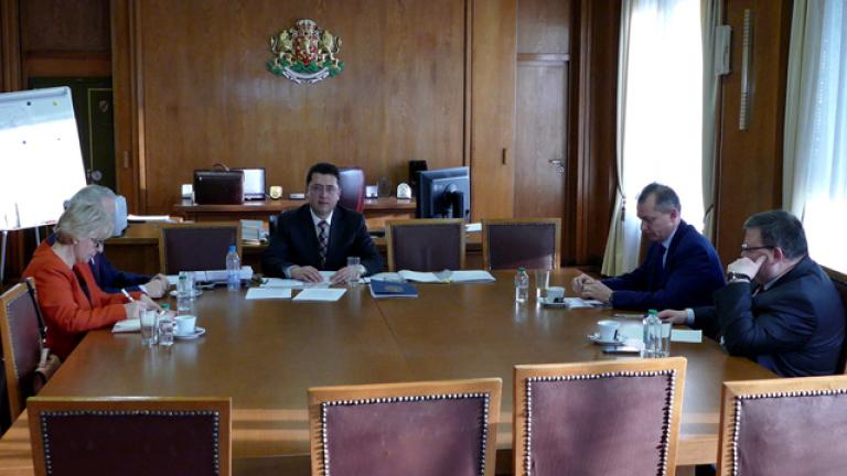 Премиер, министър и главен прокурор обсъдиха изборите
