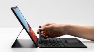 Microsoft Surface Pro 7 или Surface Pro X - кой да изберем