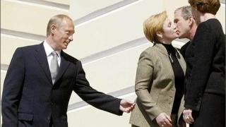 Путин за Интернет романтиката