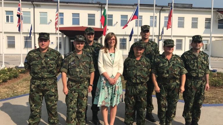 Радушен прием за министър Захариева от командирите на НАТО и EUFOR в Сараево