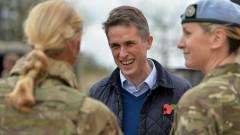 Британският военен министър обясни в Украйна, че Черно море не е на Русия