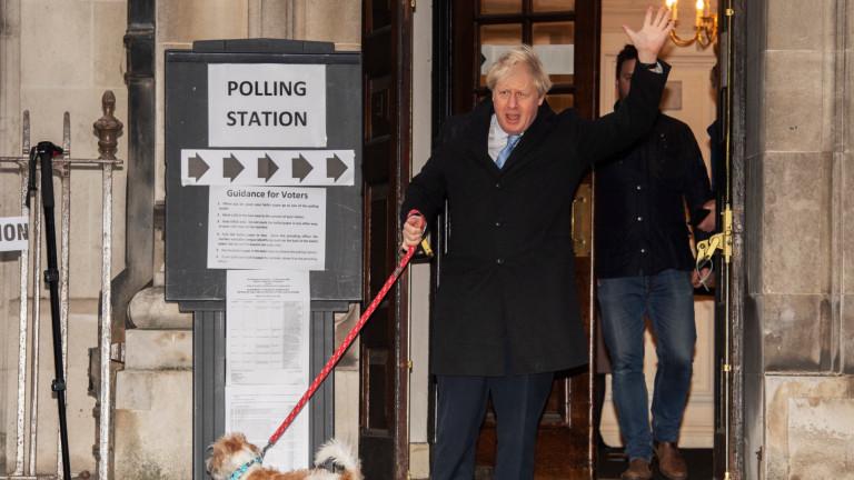 Премиерът Борис Джонсън не гласува за себе си, пише