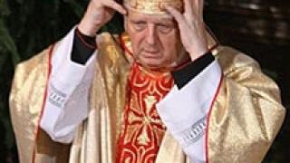 Ватиканът: Архиепископ Велгус е прав да се оттегли