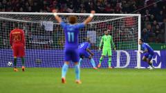 Безличен Роналдо не успя да се опълчи на Холандия (ВИДЕО)