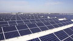 Най-голямата соларна централа в цифри: 10 пъти колкото София и 2 пъти колкото Люксембург