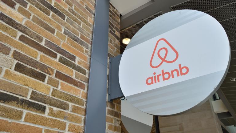 Airbnb излиза на борсата в най-трудния си период