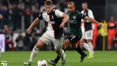 Де Лихт е с контузия след дербито на Торино