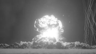 62 видеа на атомни експлозии