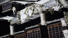 Руски космически кораб успешно се скачи с МКС