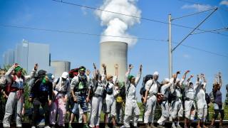Екозащитници щурмуваха мина в Германия