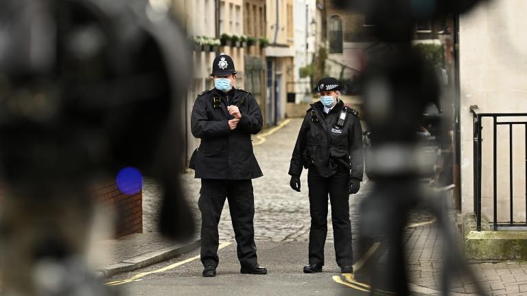 Близо 200 убийци и изнасилвачи остават скрити за ЕС заради британска грешка