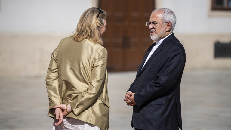 PR номерата на САЩ не работят, непоколебим Иран
