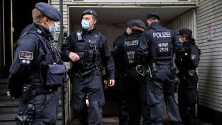 """Германската полиция обискира три забранени групи, свързани с """"Хизбула"""""""