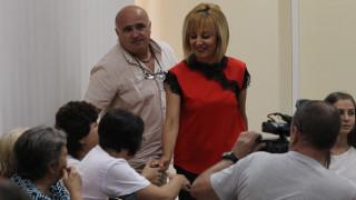 Манолова няма против да е плашило за лошата администрация