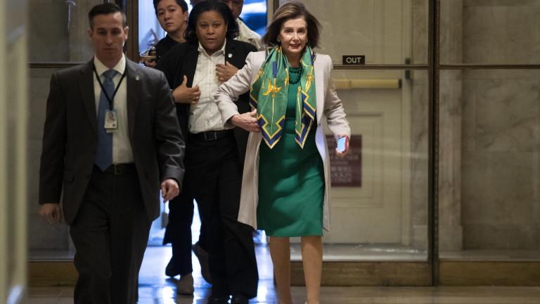 В сряда демократите гласуват дали да изпратят обвиненията срещу Тръмп в Сената