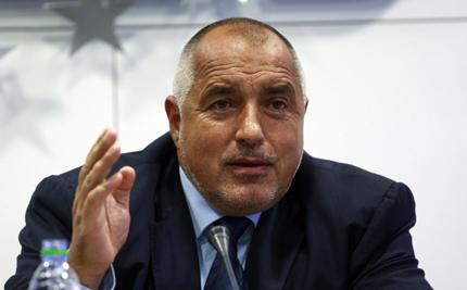 Американските танкове са договорени при Станишев, ВСС се оплаква на Борисов от Христо Иванов, ромско момче е прието в Кеймбридж...