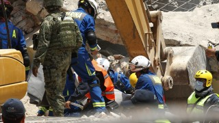 Расте броят на жертвите в Мексико