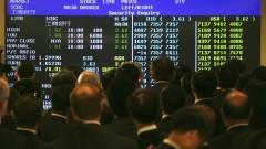 Печалбите на борсата в Хонконг се сриват заради политическото напрежение