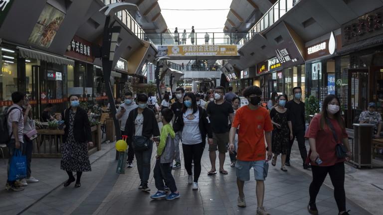 Китай с най-много новозаразени с коронавируса от три седмици